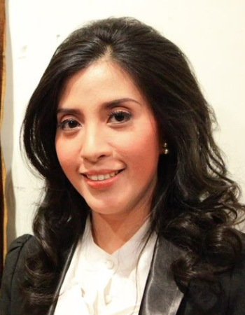 Dr. Dini Handayani